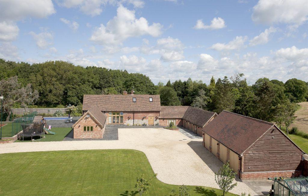 5 Bedrooms Detached House for sale in Birmingham Road, Wroxall