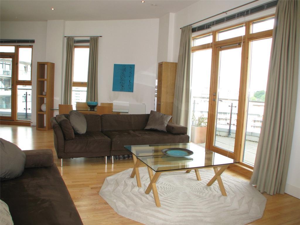 2 Bedrooms Penthouse Flat for sale in Mackenzie House, Chadwick Street, Hunslet, Leeds