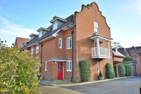 3 bedroom semi-detached house for sale - Branksome Park, Poole