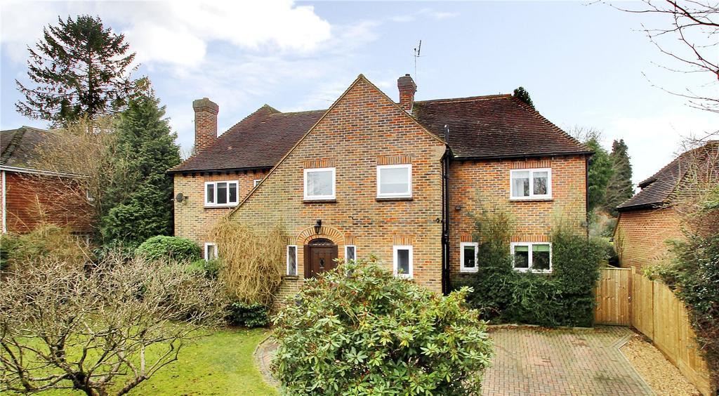 4 Bedrooms Detached House for sale in Dornden Drive, Langton Green, Tunbridge Wells, Kent, TN3
