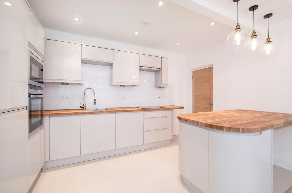 2 Bedrooms Apartment Flat for sale in Wellesley Road, W4