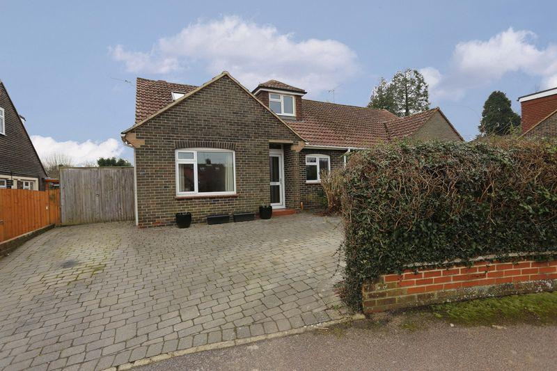 4 Bedrooms Bungalow for sale in St Georges Place, Hurstpierpoint