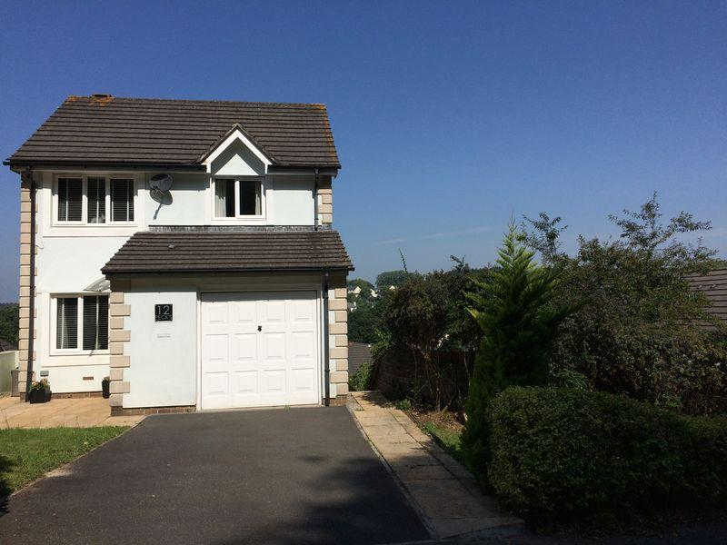 5 Bedrooms Detached House for sale in Tinney Drive, Truro