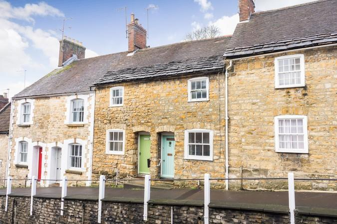 2 Bedrooms Terraced House for sale in Greenhill, Sherborne