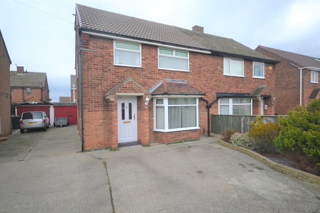 4 Bedrooms Semi Detached House for sale in Mordales Drive, Marske TS11