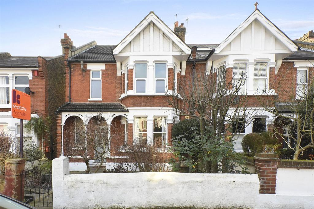 2 Bedrooms Flat for sale in Poppleton Road, London, E11