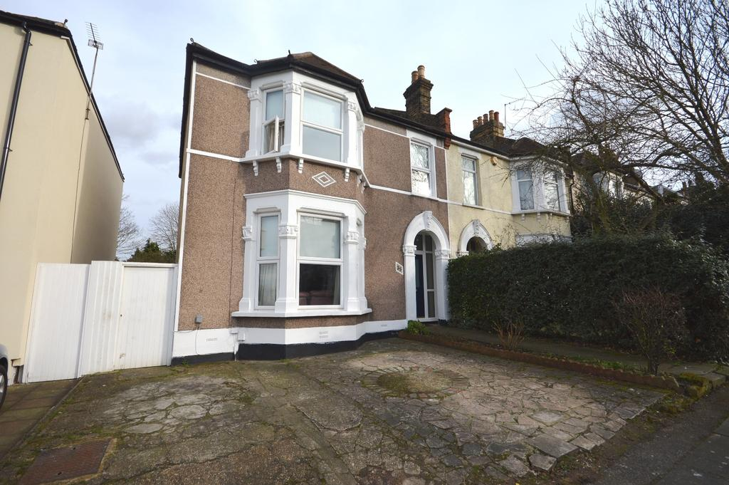 4 Bedrooms End Of Terrace House for sale in Hafton Road SE6