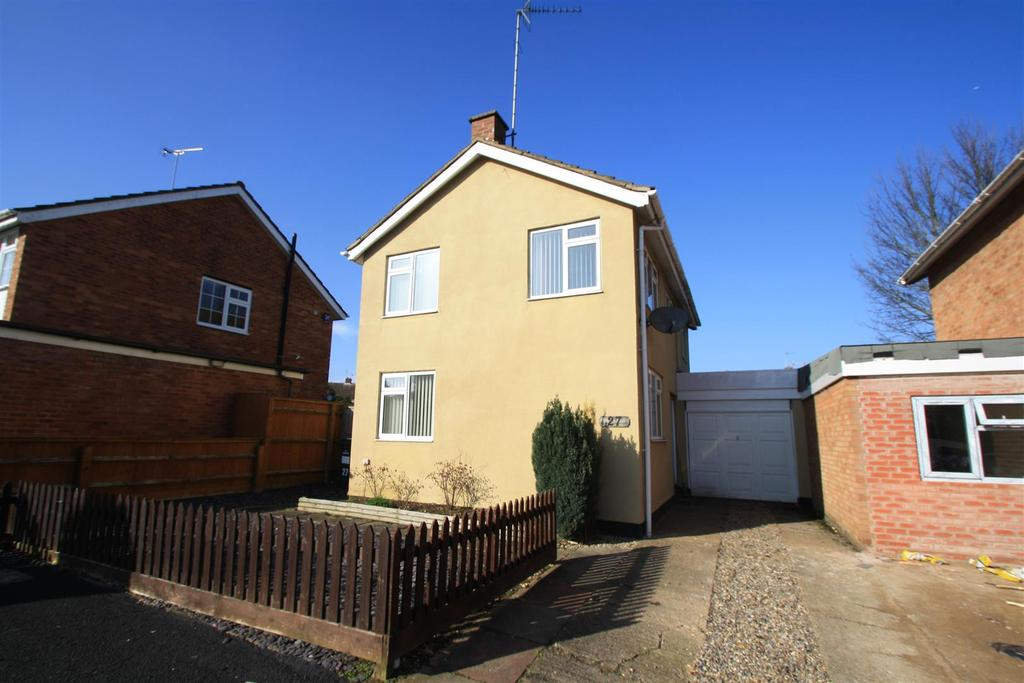 3 Bedrooms Detached House for sale in Bramber Close, Bletchley, Milton Keynes