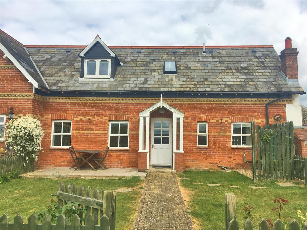 2 Bedrooms House for sale in Whippingham Road, East Cowes