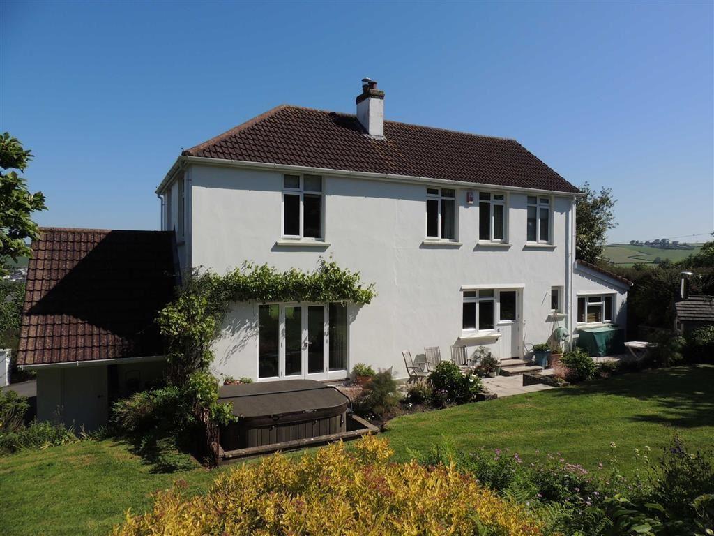 4 Bedrooms Detached House for sale in Landkey Road, Barnstaple, Devon, EX32