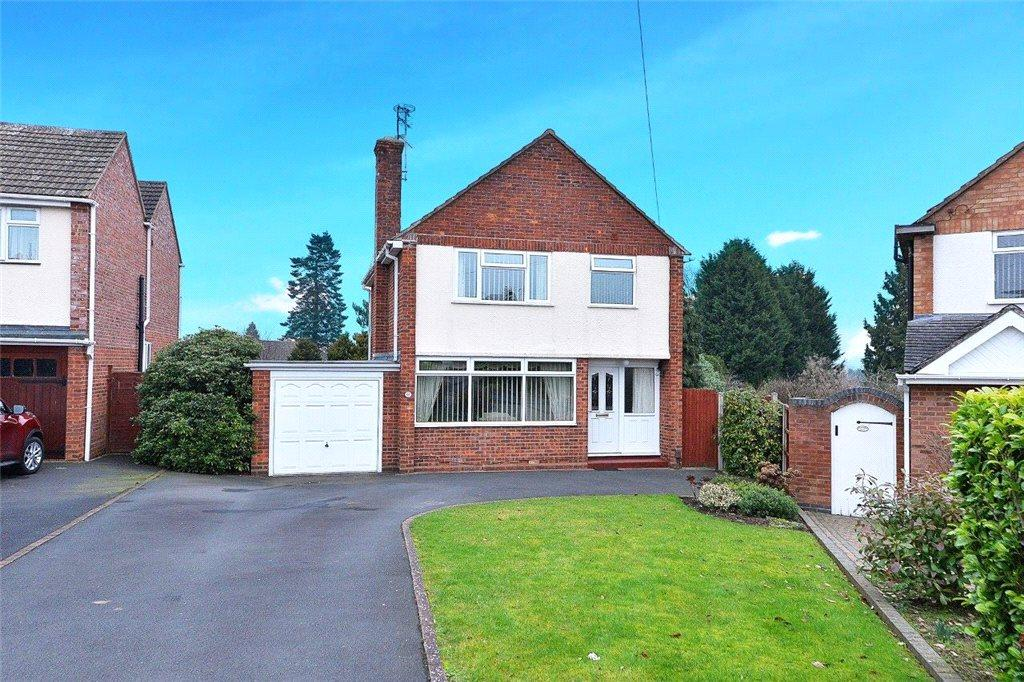 3 Bedrooms Detached House for sale in Manor Avenue South, Kidderminster, DY11