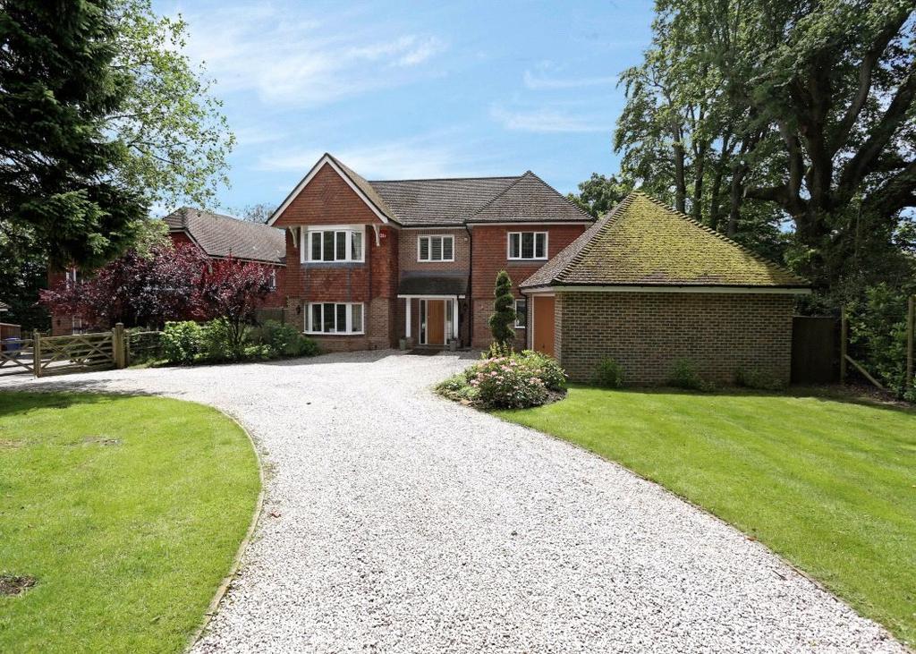 6 Bedrooms Detached House for sale in Farnham Lane, Haslemere, Surrey, GU27