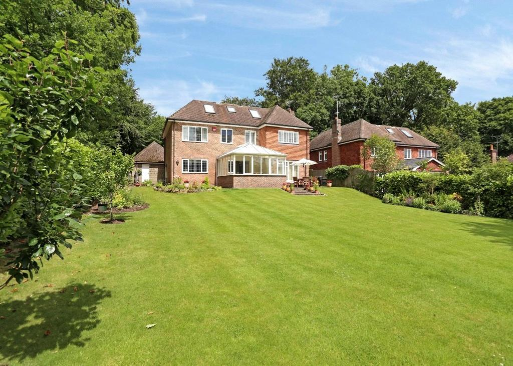 6 Bedrooms Detached House for sale in Farnham Lane, Haslemere, Surrey, GU27