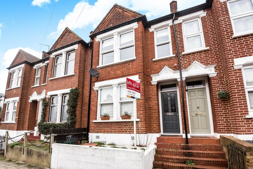 2 Bedrooms Terraced House for sale in Croft Road, Bromley, BR1