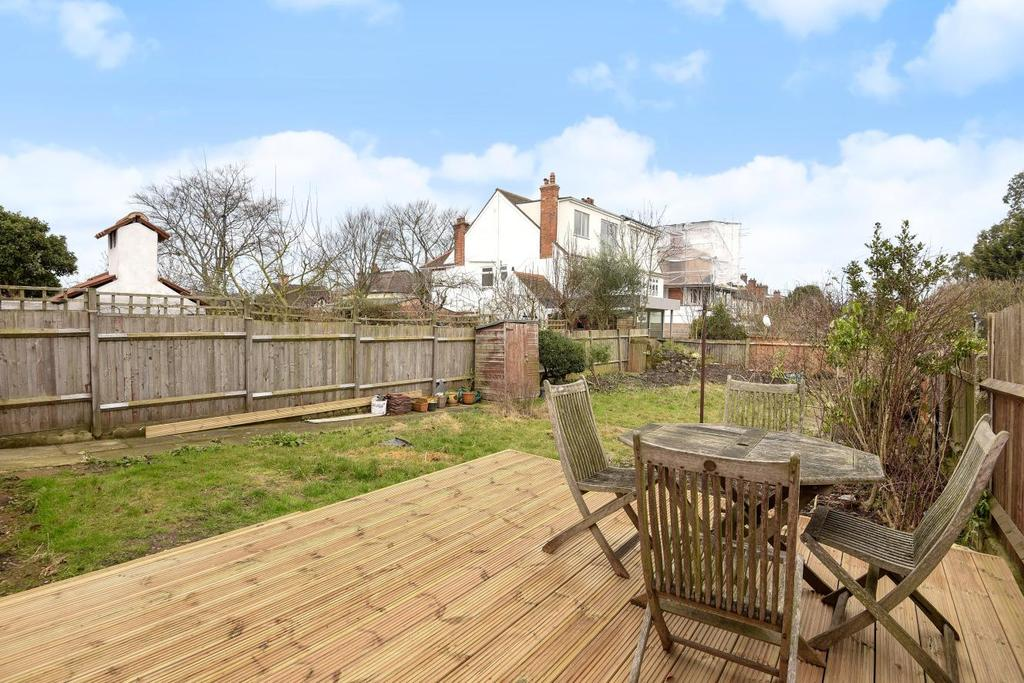 2 Bedrooms Flat for sale in Denmark Hill, Camberwell