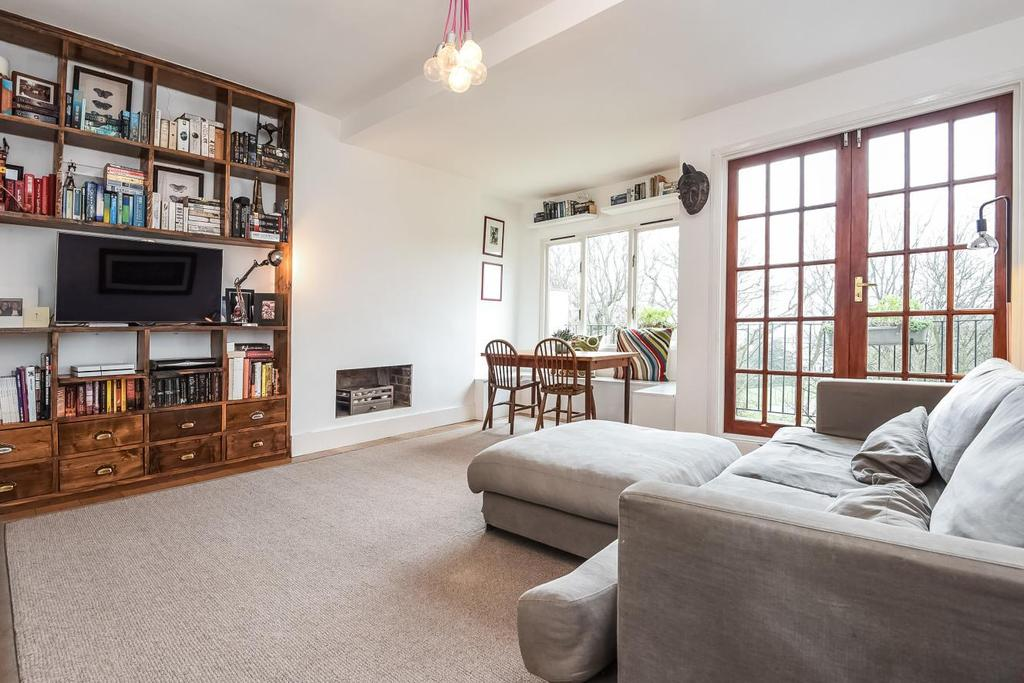 3 Bedrooms Flat for sale in Kings Avenue, Muswell Hill, N10