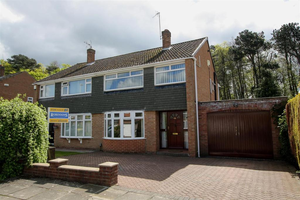 3 Bedrooms Semi Detached House for sale in Carlbury Crescent, Darlington