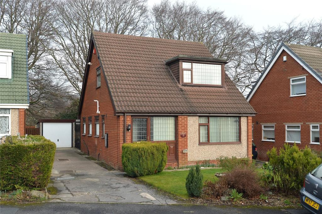 4 Bedrooms Detached House for sale in Chippendale Rise, Bradford, West Yorkshire, BD8