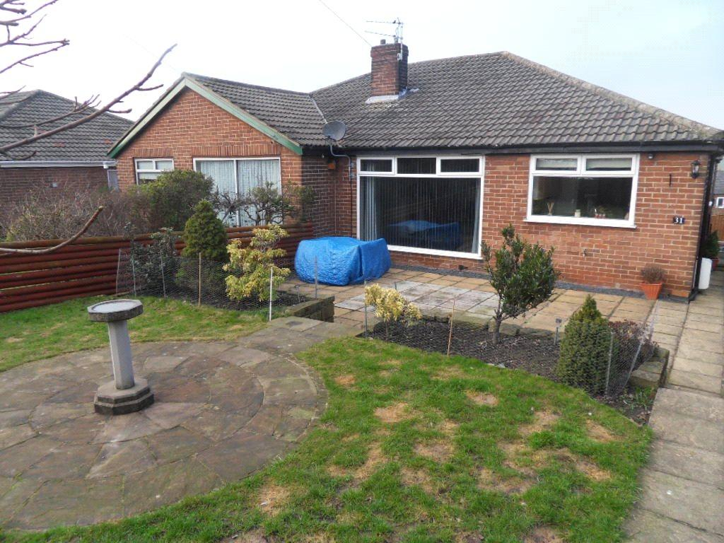 3 Bedrooms Semi Detached Bungalow for sale in Chidswell Lane, Dewsbury, West Yorkshire, WF12