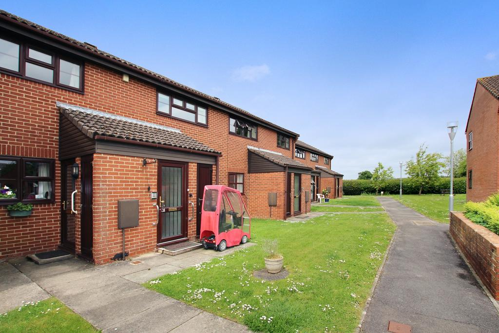 2 Bedrooms Flat for sale in ROOKWOOD VIEW, DENMEAD