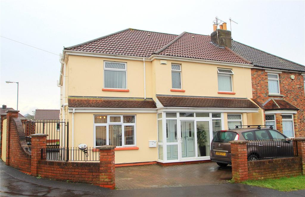 4 Bedrooms Semi Detached House for sale in Perrycroft Road, Bishopsworth, Bristol, BS13