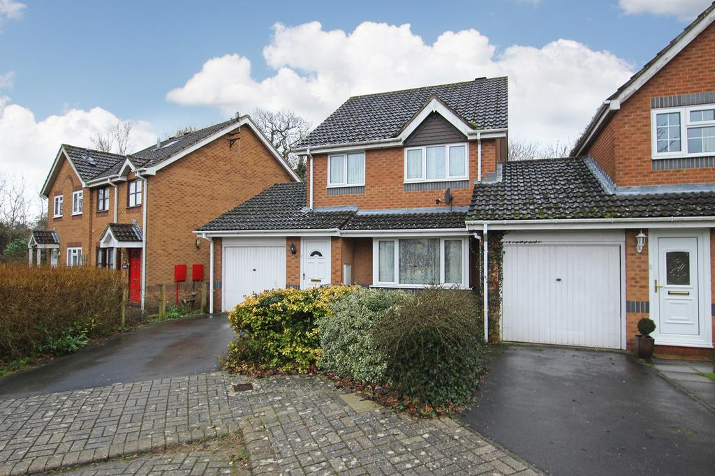 3 Bedrooms Link Detached House for sale in ROWNHAMS