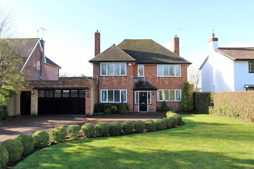 4 Bedrooms Detached House for sale in Woodthorne Road South, Tettenhall, Wolverhampton