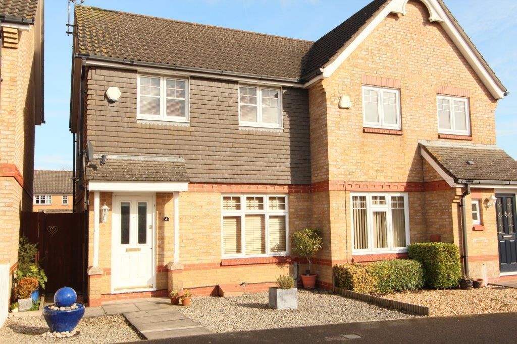 3 Bedrooms Semi Detached House for sale in Arthurs Gardens, Grange Park SO30