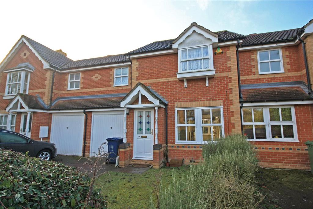 3 Bedrooms Terraced House for sale in Carrick Close, Cambridge, CB1
