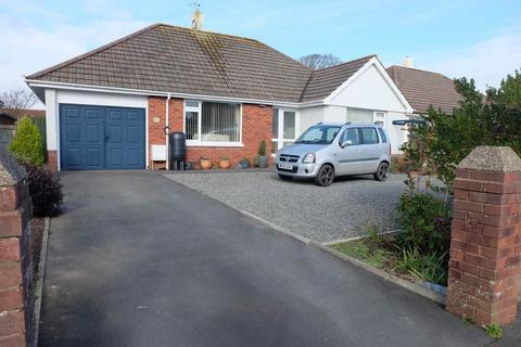 3 bedroom detached bungalow for sale - St Andrews Road, Fremington