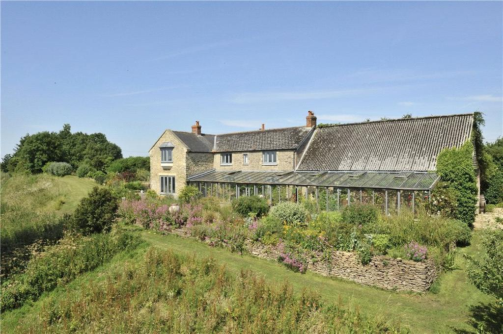 5 Bedrooms Detached House for sale in Gilcombe, Bruton, Somerset, BA10