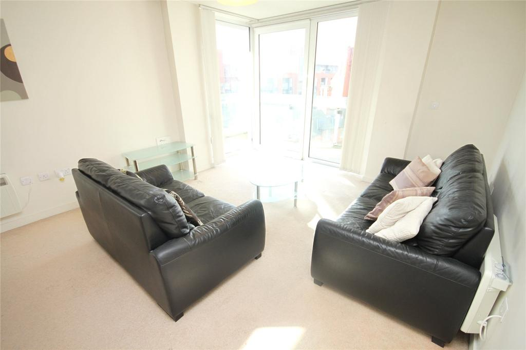 2 Bedrooms Flat for sale in Spectrum, Blackfriars Road, Salford, Greater Manchester