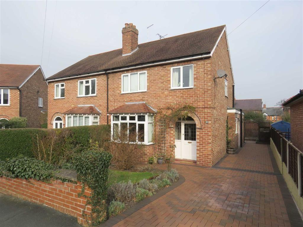 3 Bedrooms Semi Detached House for sale in Willow Crescent, Ellesmere, SY12