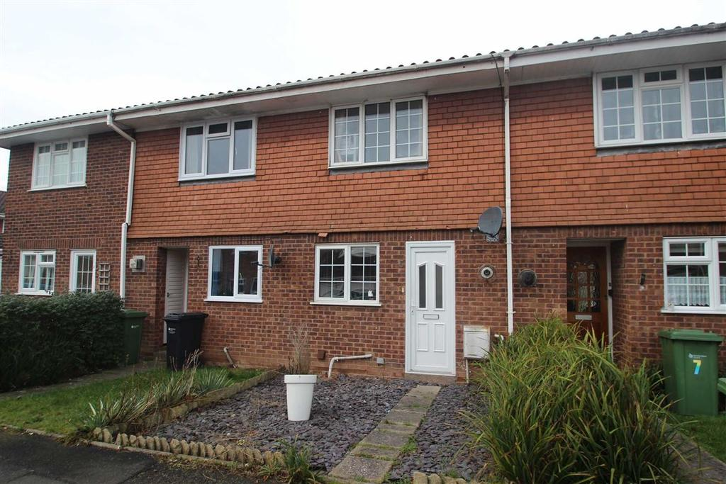 2 Bedrooms Terraced House for sale in Doncaster Avenue, Bobblestock, Hereford