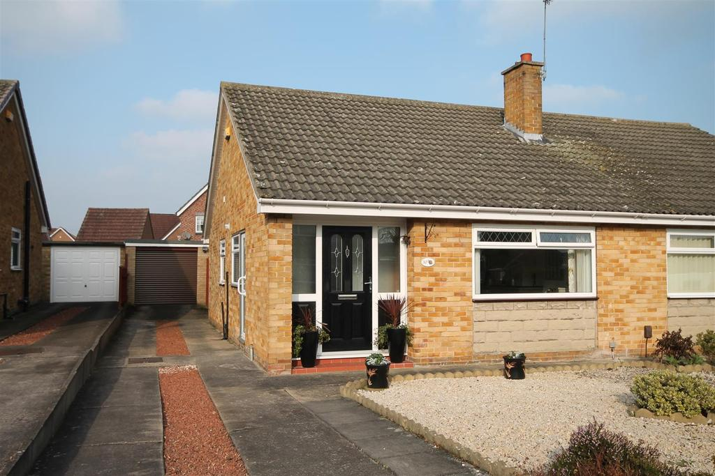 2 Bedrooms Semi Detached Bungalow for sale in Princess Road, Darlington