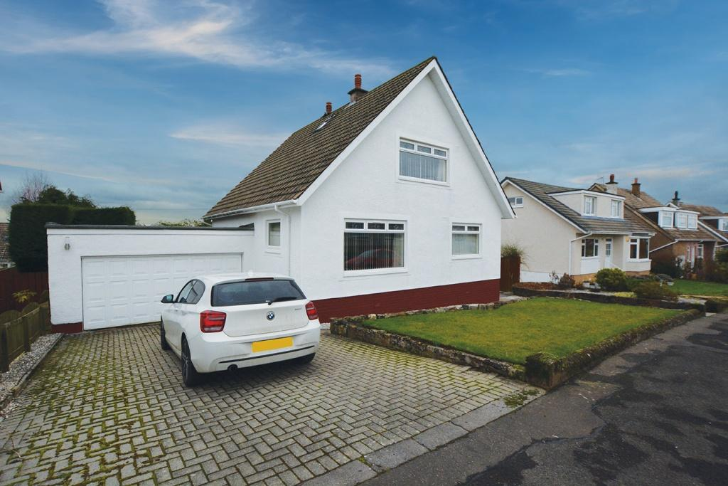 3 Bedrooms Detached House for sale in 12 Roland Crescent, Newton Mearns, G77 5JT