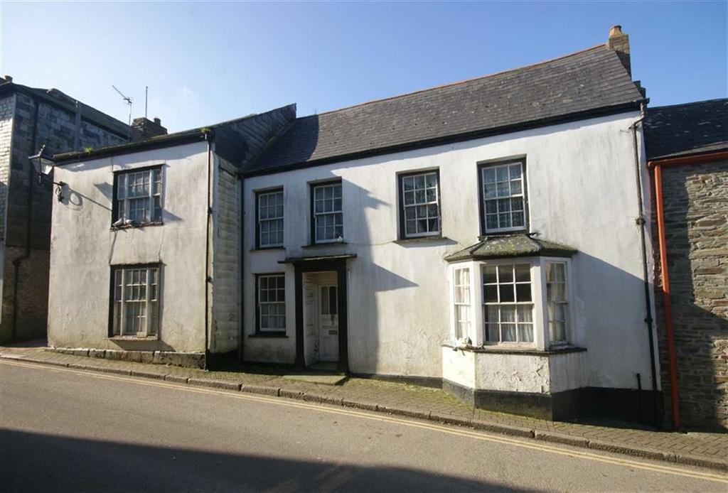 4 Bedrooms Semi Detached House for sale in Bank Street, St Columb, Cornwall, TR9