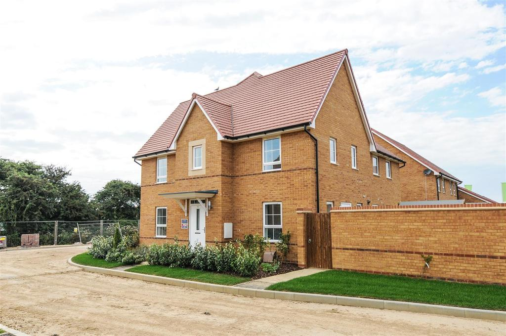 3 Bedrooms House for sale in Orbit Gardens, Selsey