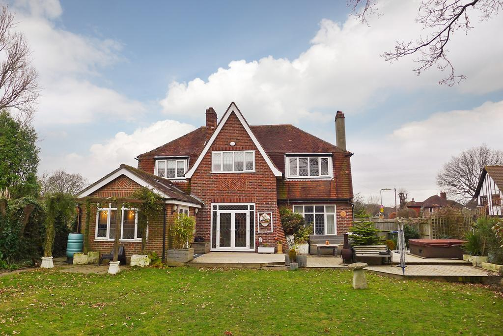 5 Bedrooms Detached House for sale in BLACKBROOK PARK AVENUE, FAREHAM