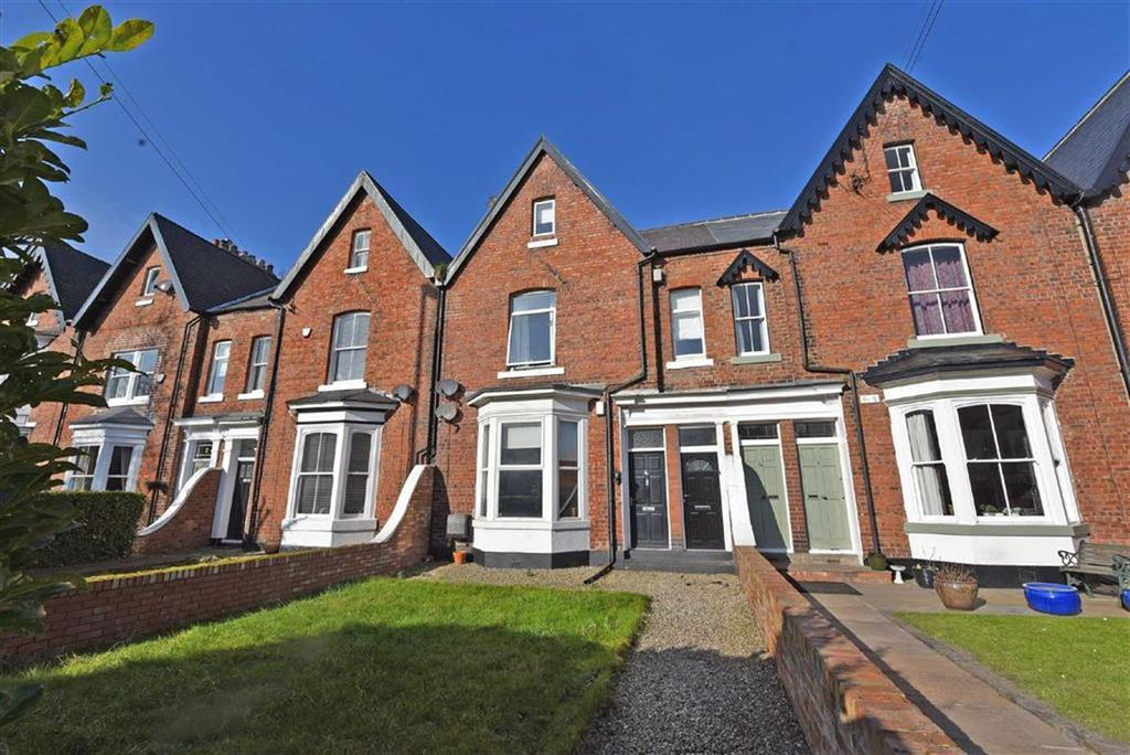 3 Bedrooms Terraced House for sale in East Boldon