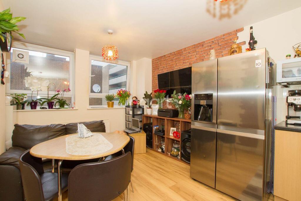1 Bedroom Flat for sale in Market Place, Town Centre, Stevenage