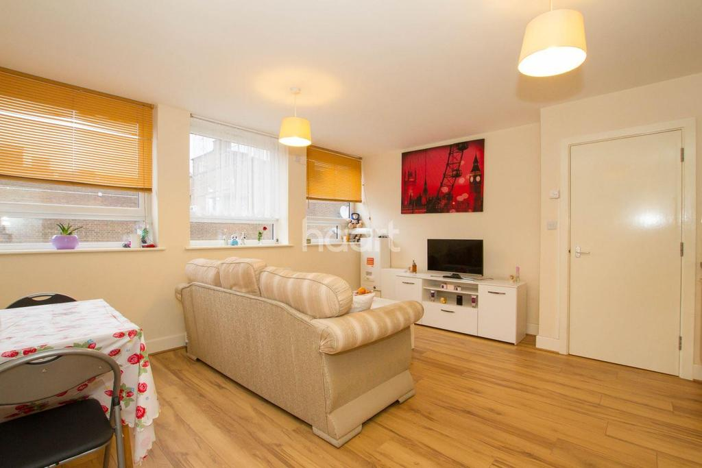 1 Bedroom Flat for sale in Market Place Chambers, Town Centre, Stevenage