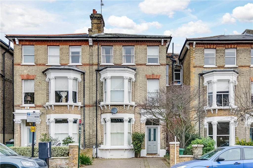 5 Bedrooms Semi Detached House for sale in Chelsham Road, London, SW4
