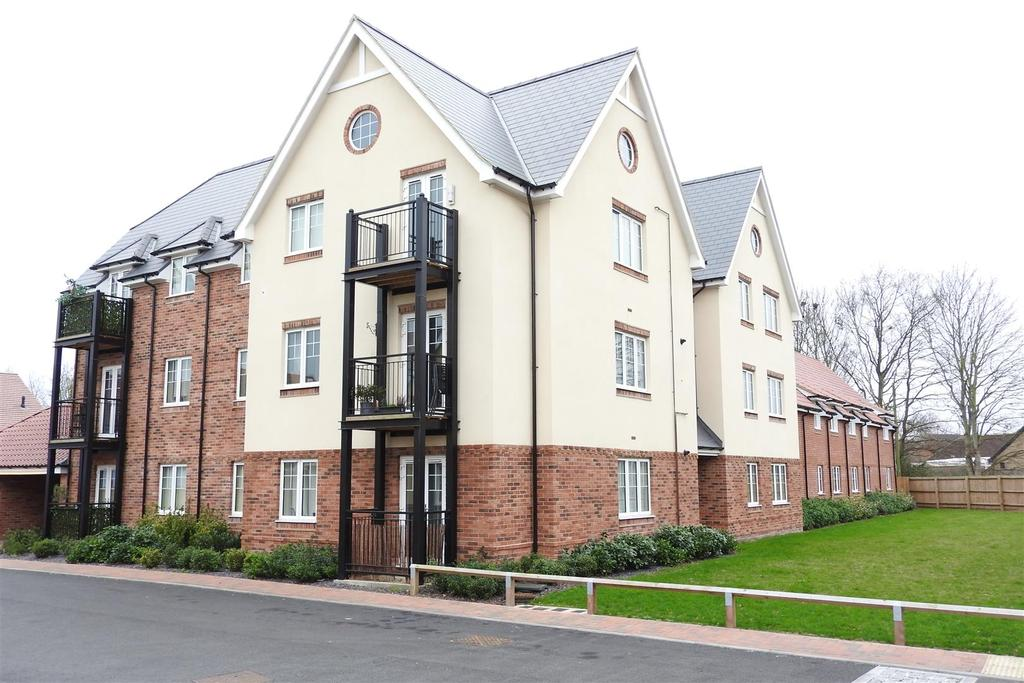 1 Bedroom Apartment Flat for sale in Henderson Way, Witham