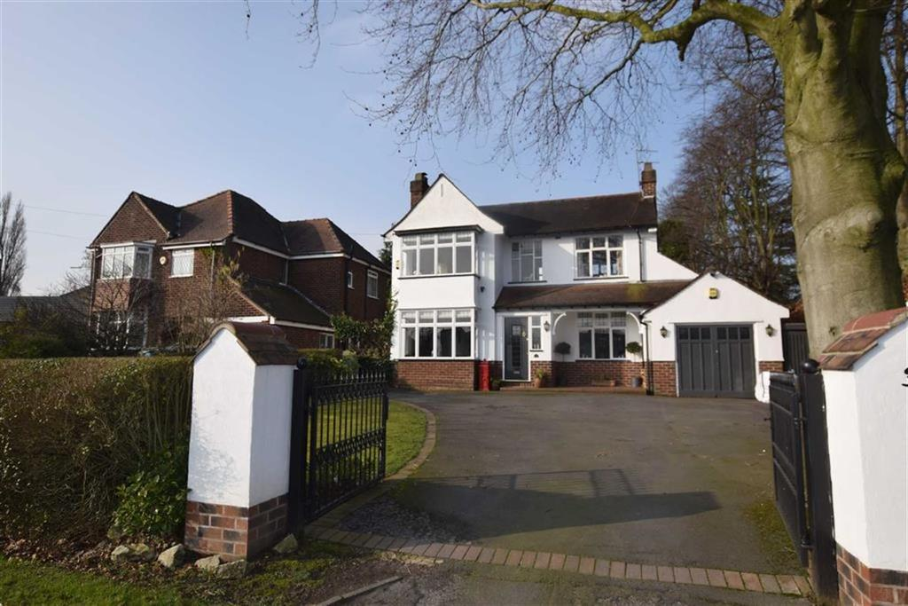 3 Bedrooms Detached House for sale in Thorley Lane, Timperley, Cheshire, WA15