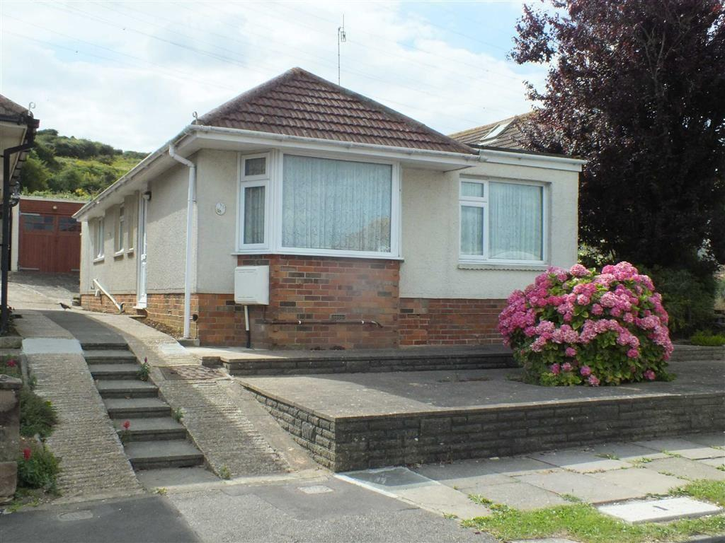 3 Bedrooms Detached Bungalow for sale in Oakdene Crescent, Portslade, East Sussex