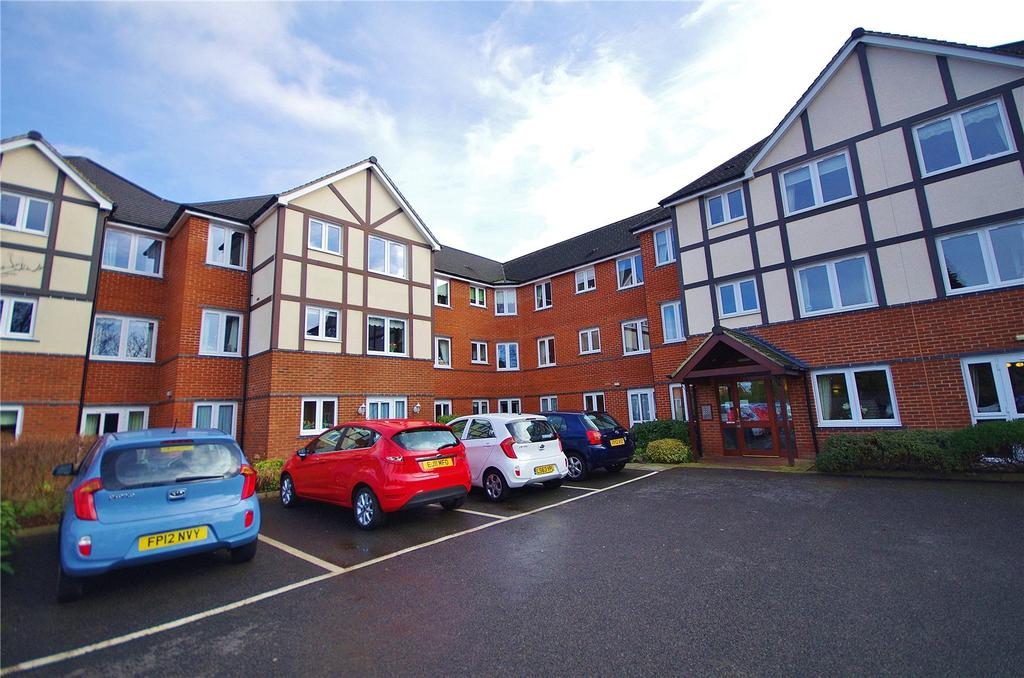 1 Bedroom Retirement Property for sale in Nanterre Court, 63-67 Hempstead Road, Watford, Hertfordshire, WD17
