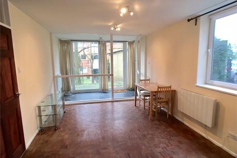 2 bedroom apartment to rent - Brookhill Court, Cat Hill, London, Barnet EN4