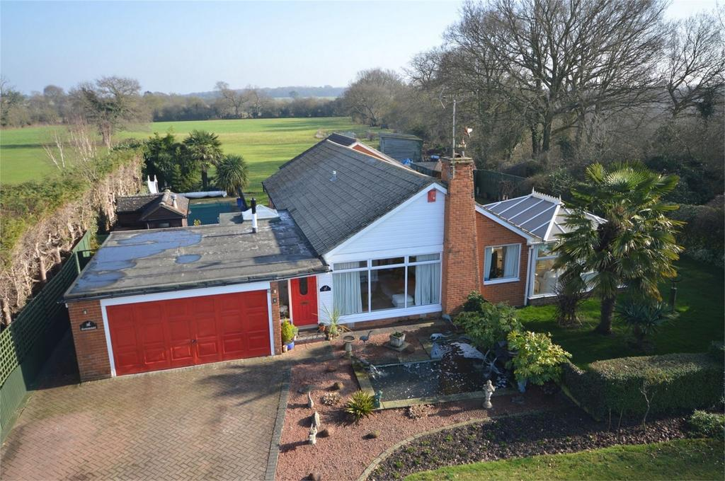 4 Bedrooms Detached House for sale in 6 Perryfield, Matching Green, Essex