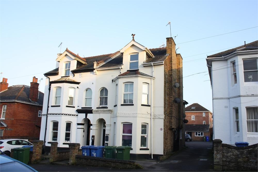 Studio Flat for sale in St Michaels Road, Aldershot, Hampshire